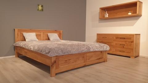 Spirit tömörfa ágy csomós tölgyfából
