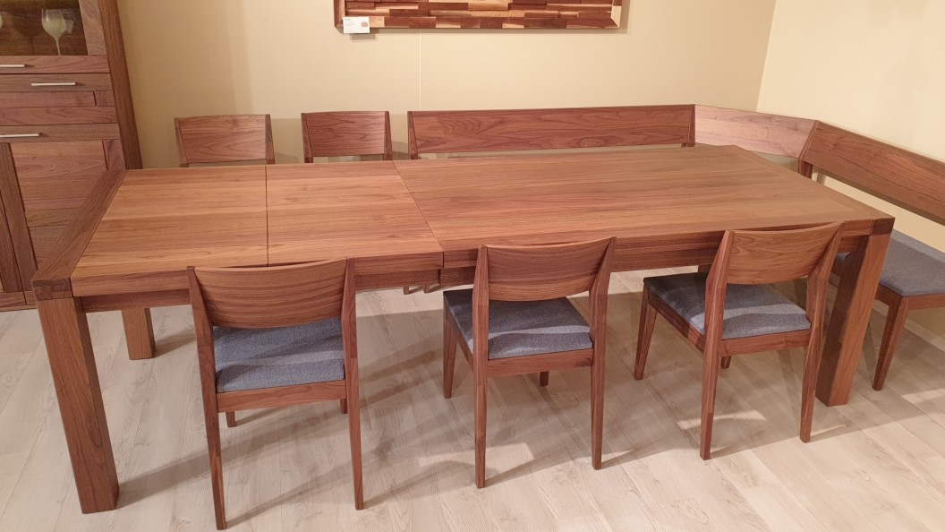 10 személyes diófa étkezőasztal