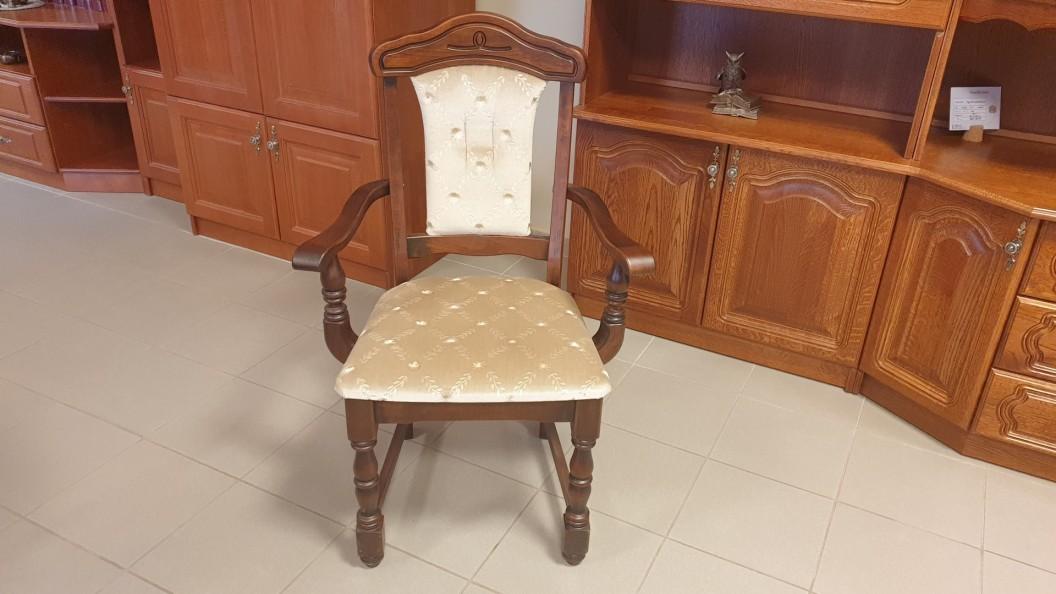 Family karfás szék