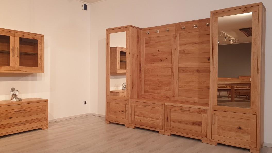 Innova előszoba szekrény tölgyfából