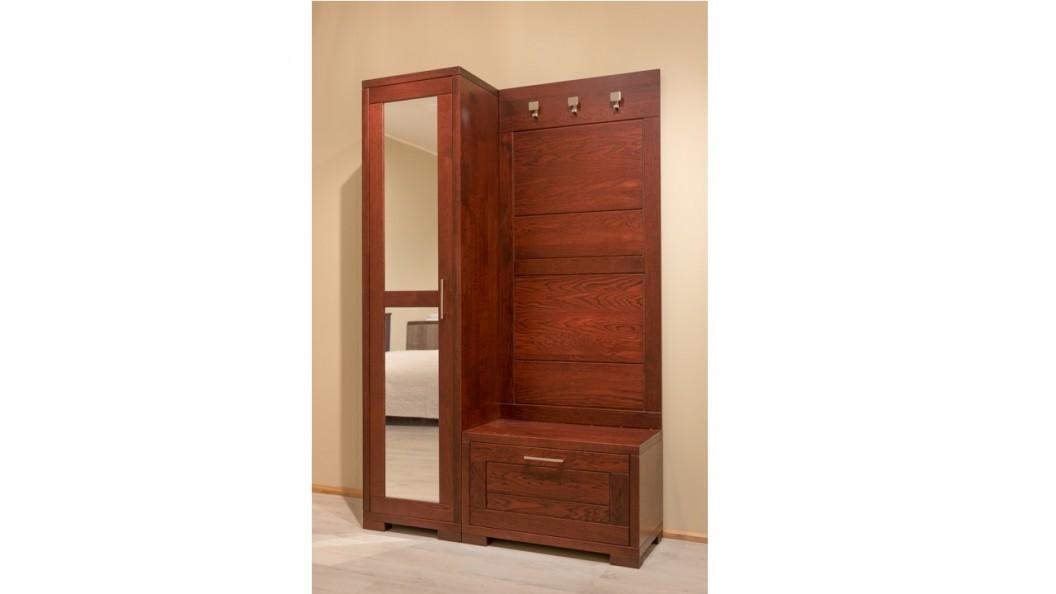 Tömörfa előszoba szekrény